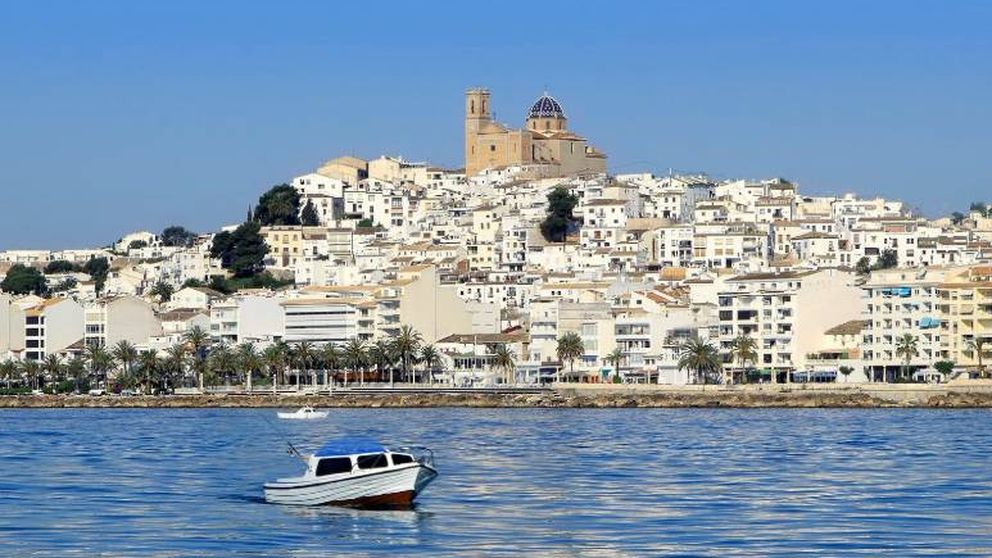 Altea: por qué este pueblo blanco de Alicante nos parece el Santorini español