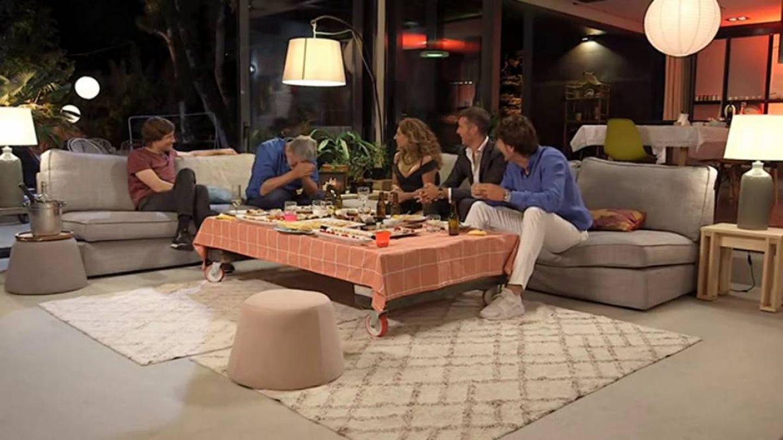 Lolita Flores junto a los últimos invitados de esta temporada. (TVE)
