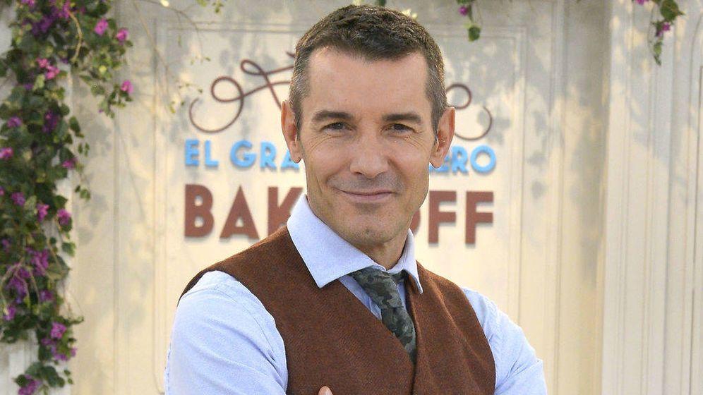 Foto: Jesús Vázquez, presentador de 'Bake Off España'. (Mediaset)