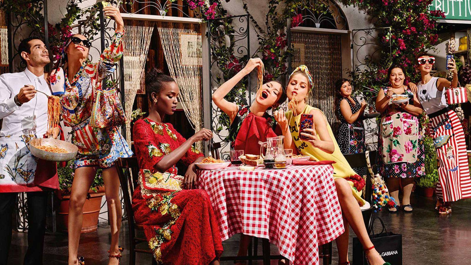 Foto: Hasta la comida tiene que salir muy bien las fotos, aprende cómo. (Foto: Dolce & Gabbana)
