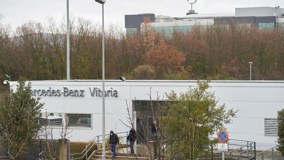 Mercedes presenta el ERTE para 5.000 trabajadores de la planta de Vitoria