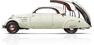 Post de 75 años del Peugeot 402