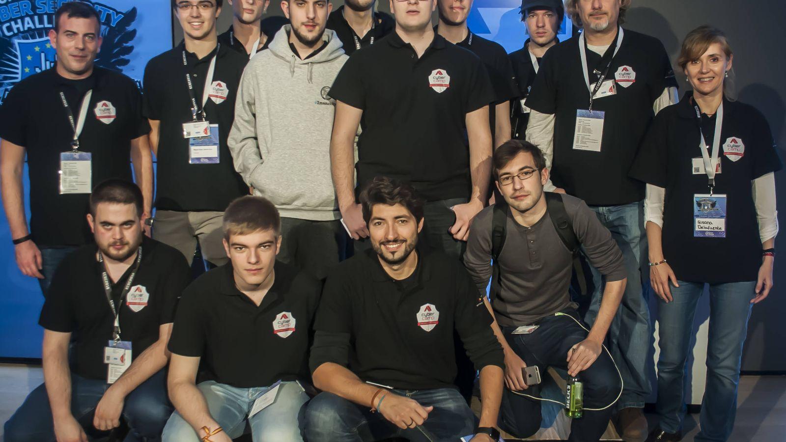 Foto: El equipo español, en Düsseldorf. | Imagen: Cedida por Incibe