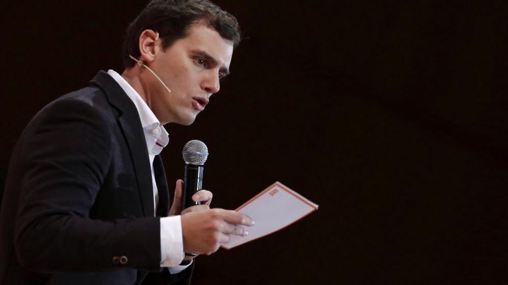 Foto: El presidente de Ciudadanos, Albert Rivera, interviene en la presentación de la campaña de su partido para las elecciones generales (Efe)