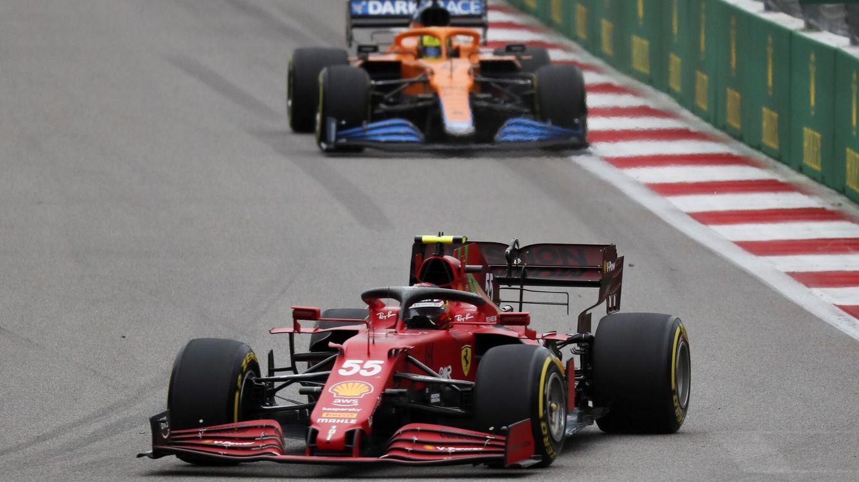 Foto: El toma y daca entre Ferrari y McLaren seguirá hasta final de año, ahora quizás con alguna opción más para el equipo italiano