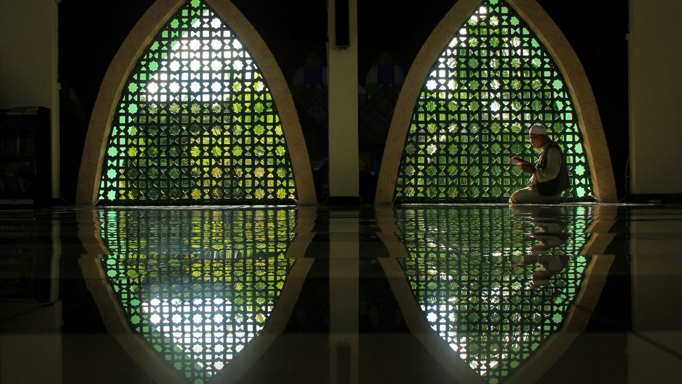 Mezquitas vacías y oraciones televisadas: el Ramadán en tiempo de coronavirus