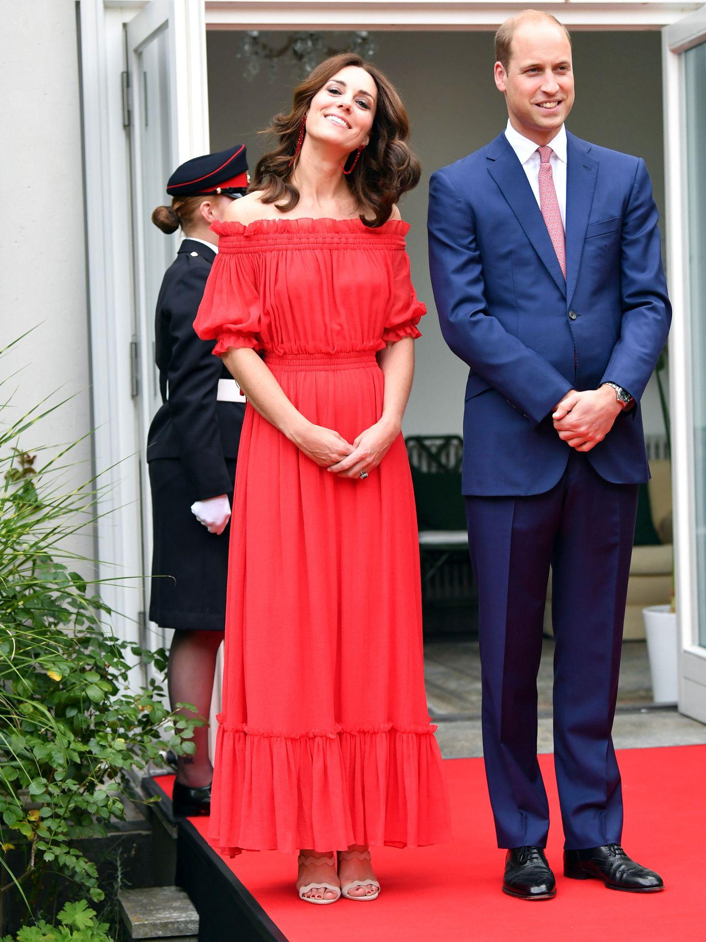 Kate, en Berlín, con el vestido que repitió anoche. (Reuters)
