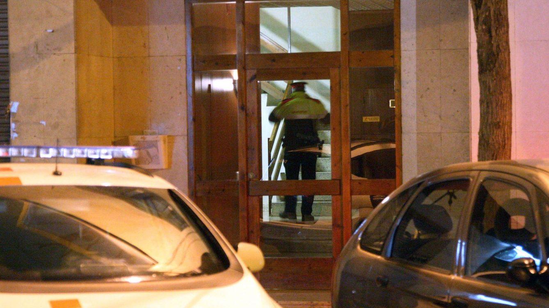 Un joven mata a una menor de 17 años y fallece tras arrojarse al vacío en Reus