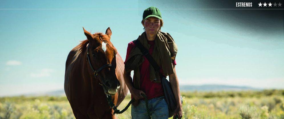 Foto: Charlie Plummer protagoniza 'Lean on Pete', un drama sobre el descenso a la pobreza de un joven estadounidense. (Diamond)