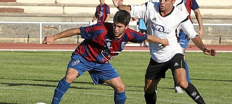Foto: La Cultural Segoviana y el Salmantino jugando en Tercera (Morgan).