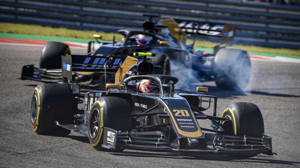 Foto: Kevin Magnussen y Romain Grosjean durante el Gran Premio de Estados Unidos. (Reuters)