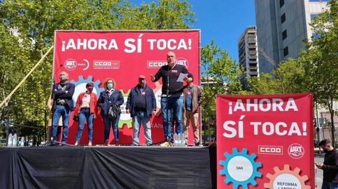 El Gobierno choca con sindicatos y CEOE y queda al pie de los caballos en Bruselas