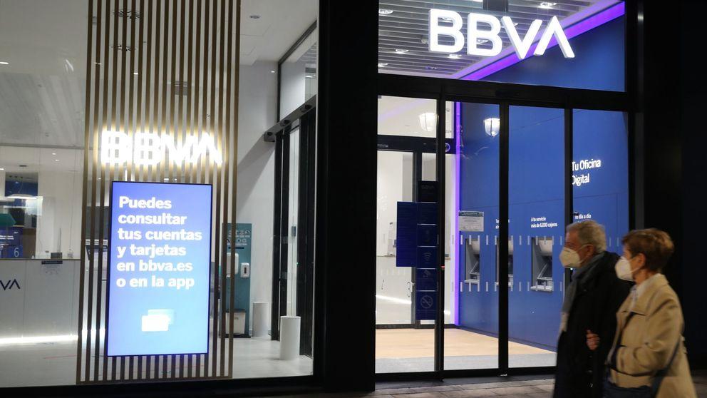 Sabadell aguanta el 'rally' y BBVA corrige con el beneplácito del mercado a la fusión