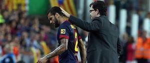 Foto: Alves estará de baja entre 15 y 20 días por una elongación muscular
