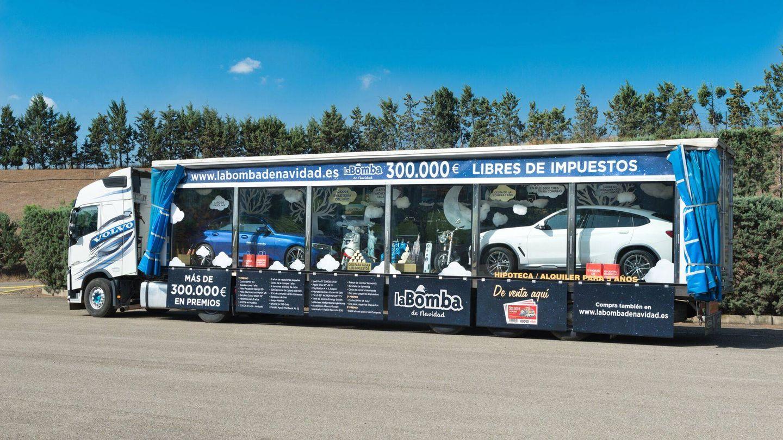 Camión de La Bomba de Navidad, que ofrece premios por valor de 300.000 euros libres de impuestos. (EC)