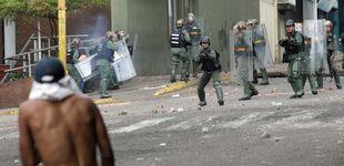 Post de Maduro traslada la represión a las clases humildes, base de apoyo del chavismo