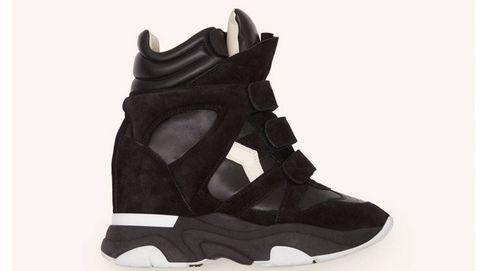 Regresan las icónicas sneakers con tacón: de Sara Carbonero a Isabel Marant