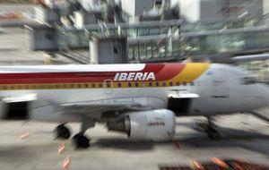 Iberia elimina la corona de su imagen en plena crisis de la Monarquía