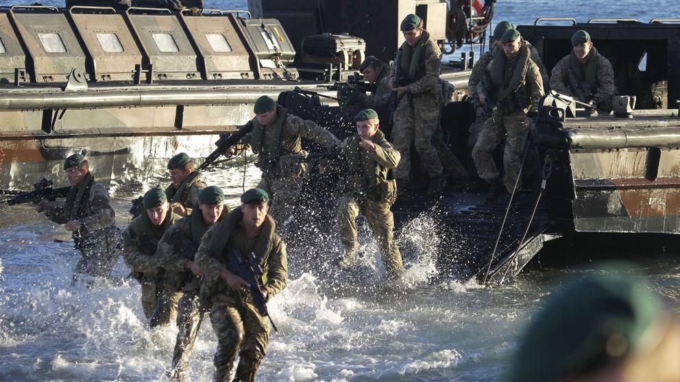 Exasesor de Defensa británico sugiere enviar buques de guerra a Gibraltar