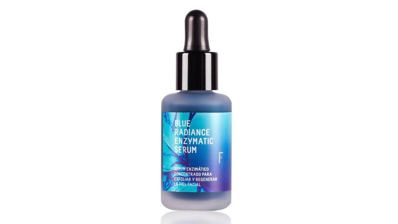 Blue Radiance Enzymatic Serum, de Freshly Cosmetics.