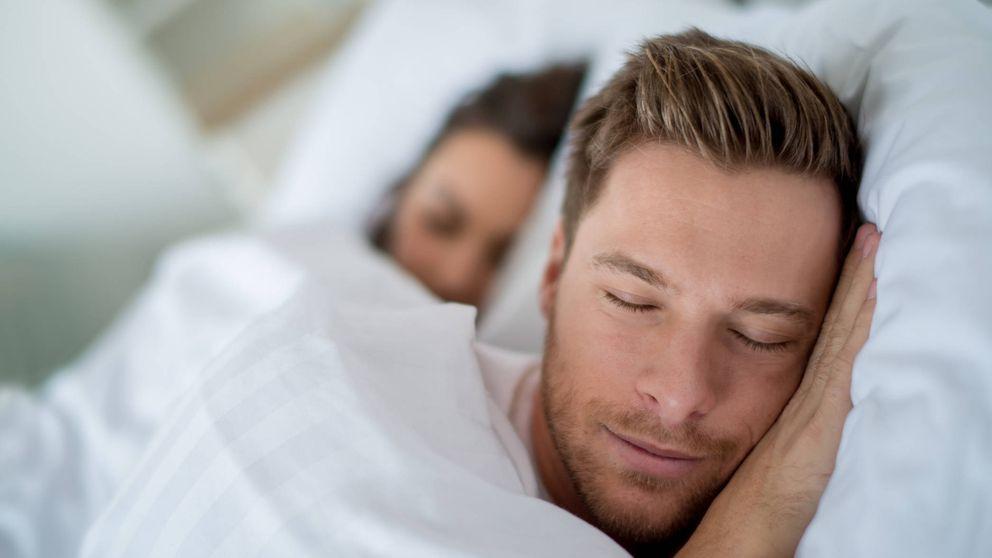 El peligro de levantarte de la cama por el lado derecho, según la ciencia