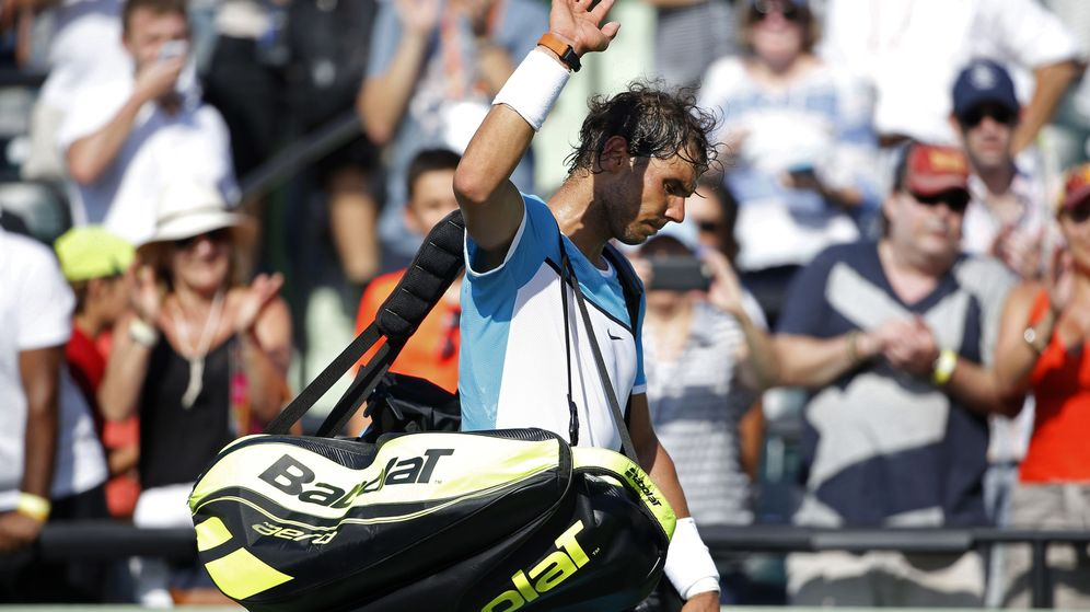 Foto: Rafa Nadal se retiira en su partido ante Dzumhur (Reuters).