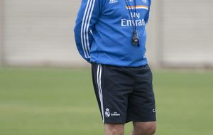 Ancelotti asegura que trabajan para solucionar el caso de Bale