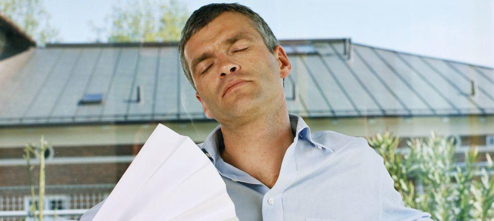 Foto: El 56% de los españoles se siente cansado o con baja energía por el cambio de estación. (Corbis)