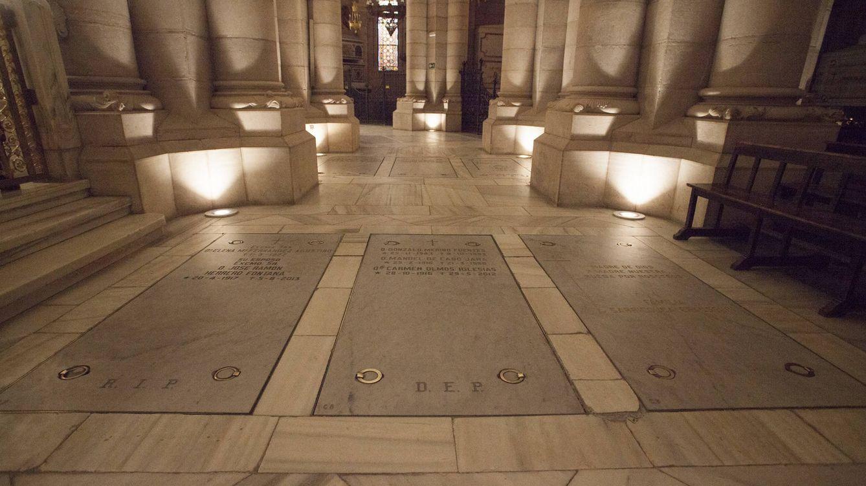 Historia: La cripta de la casta: el entierro de los Franco