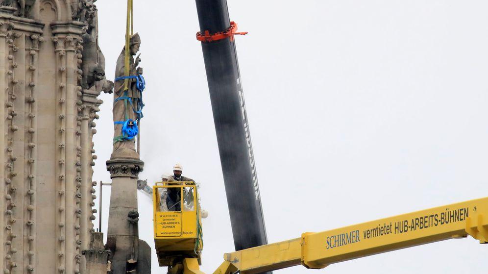Foto: Trabajos en Notre Dame. (Reuters)
