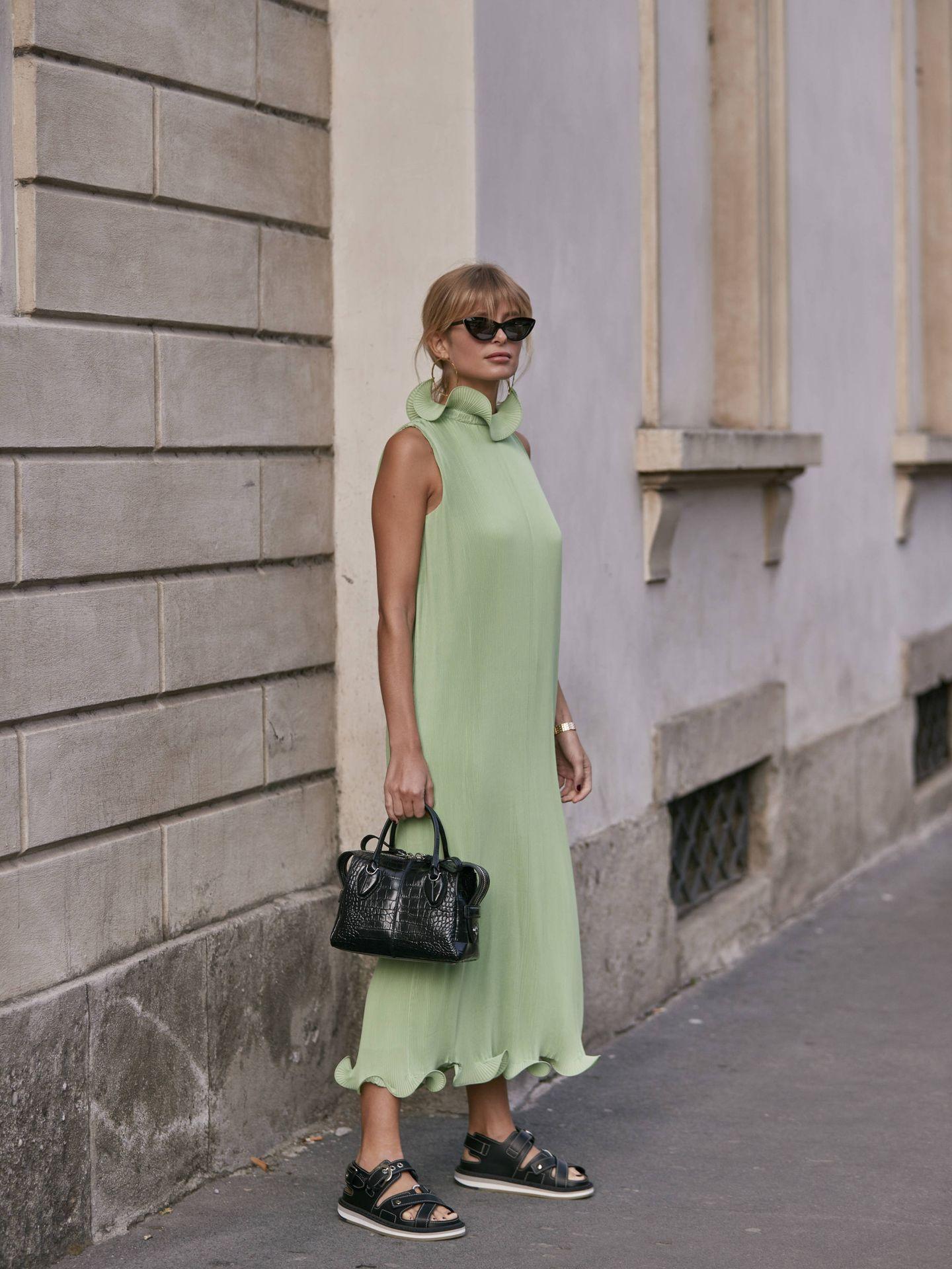 Un vestido en verde menta. (Imaxtree)