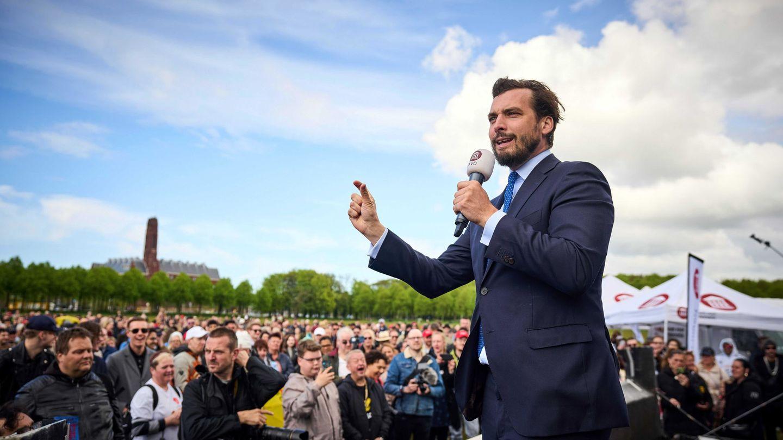 Thierry Baudet en una manifestación anticonfinamiento. (Reuters)