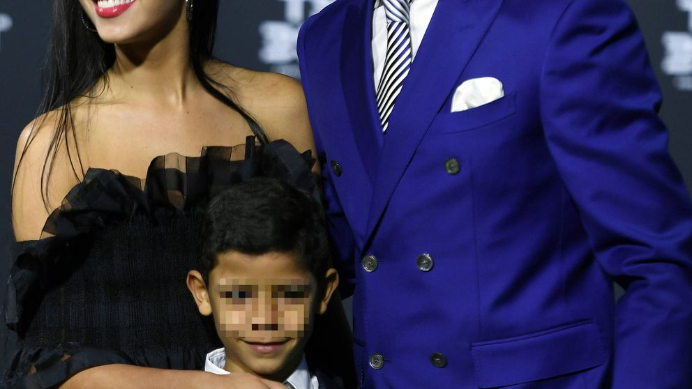 Cristiano Ronaldo oficializa su relación con Georgina Rodríguez coronándose como The Best