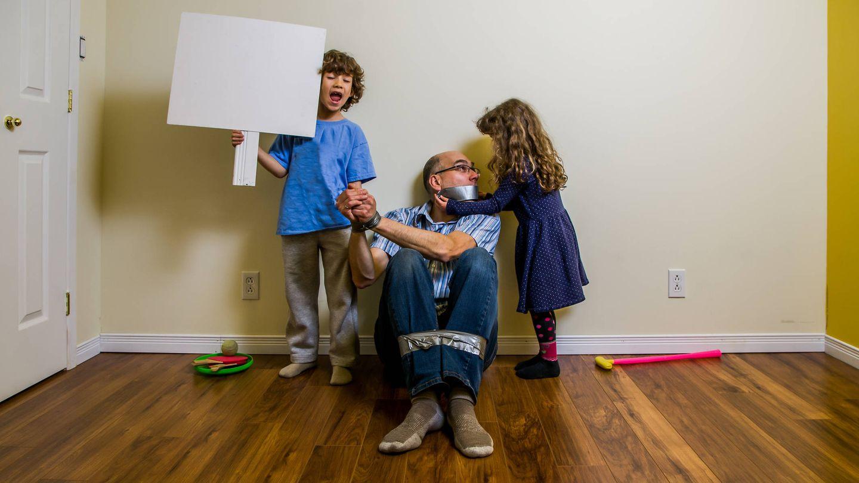 Una recreación del secuestro de Alberto Olmos a manos de sus hijos. (iStock)