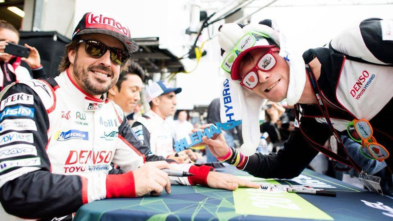 Foto: Alonso, en Le Mans. (Twitter)