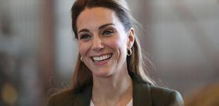 Post de Kate llega  a Chipre con el look perfecto (y sencillo) que querrás esta Navidad