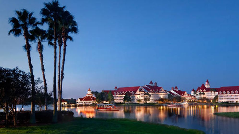 Foto: Laguna del resort Disney's Grand Floridian donde un caimán ha hecho desaparecer a un bebé. (disneyworld.disney.go.com)
