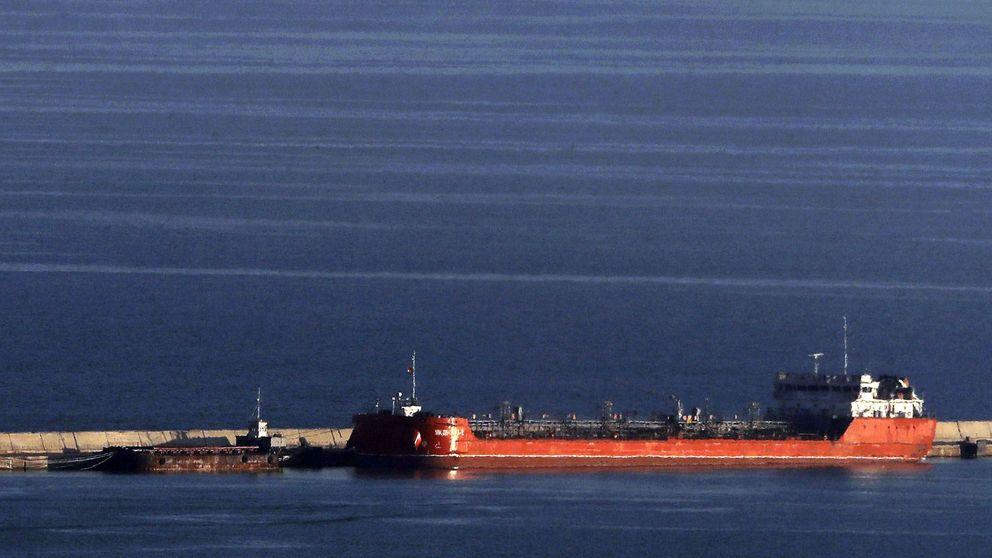Un buque ruso hunde un pesquero en el puerto de Barcelona