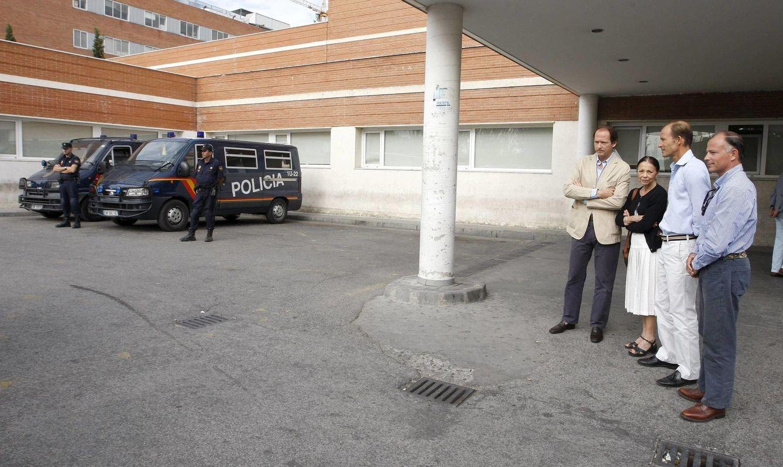 Foto: La familia real búlgara en el hospital, tras el accidente de Kardam (EFE)