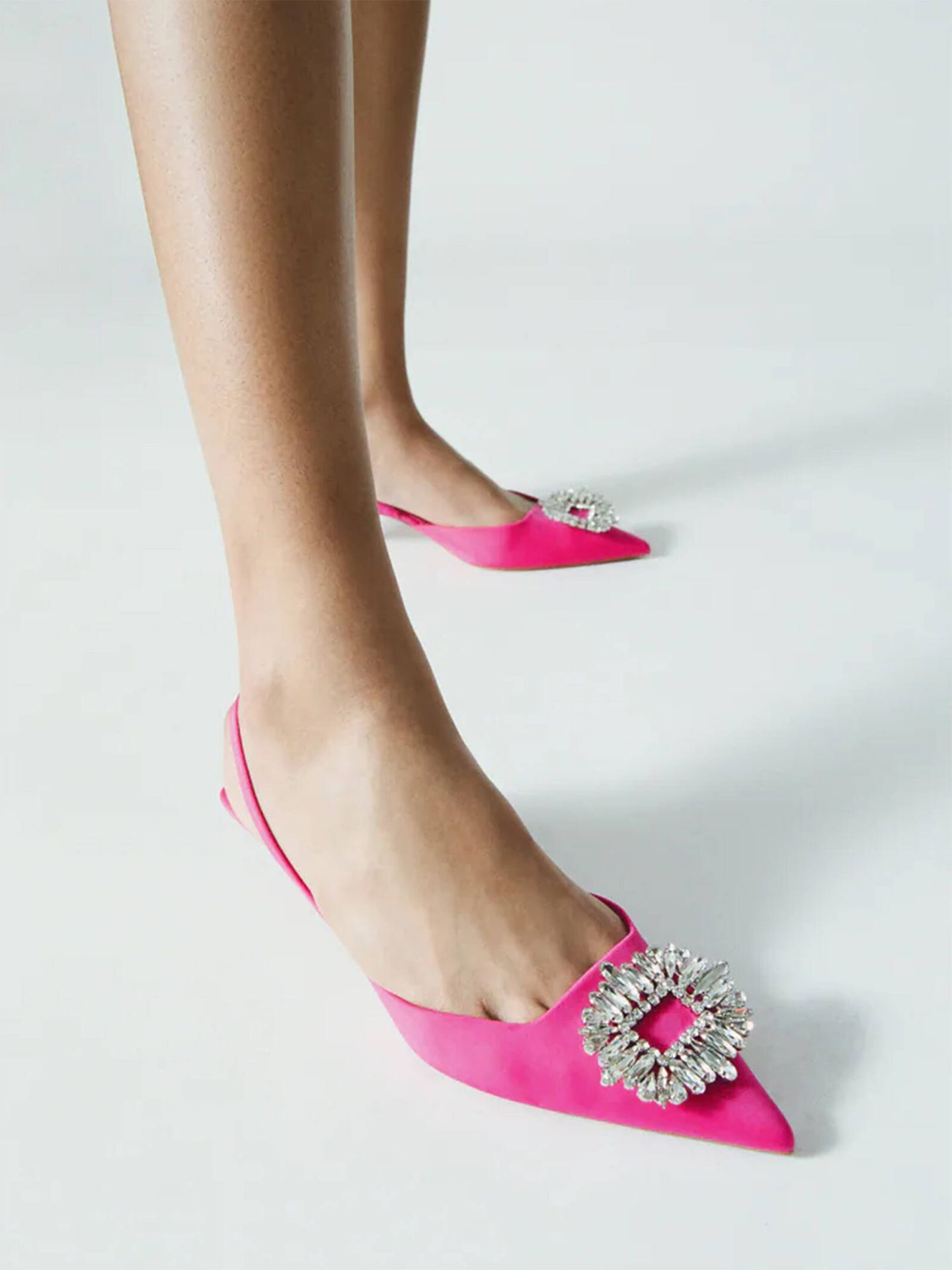 Los zapatos de Zara que eligió la influencer para su look nupcial. (Cortesía)
