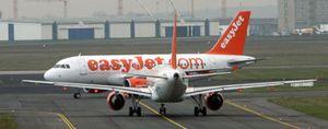 El fundador de EasyJet acusa a la empresa de sablear a sus clientes