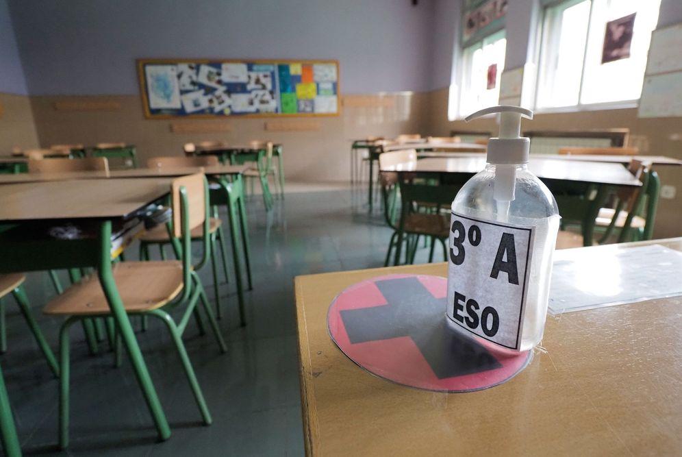 Foto: Un aula vacía con motivo del estado de alarma. (EFE)