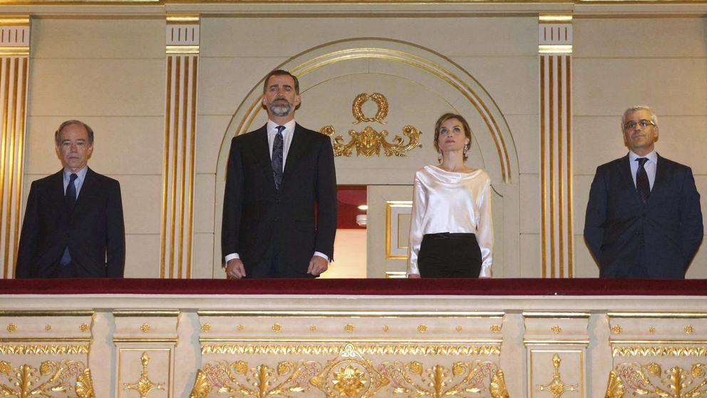 Felipe y Letizia, por primera vez como Reyes en el Teatro Real