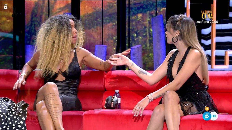 Yiya y Gloria Camila, en 'Supervivientes 2020'. (Mediaset España)