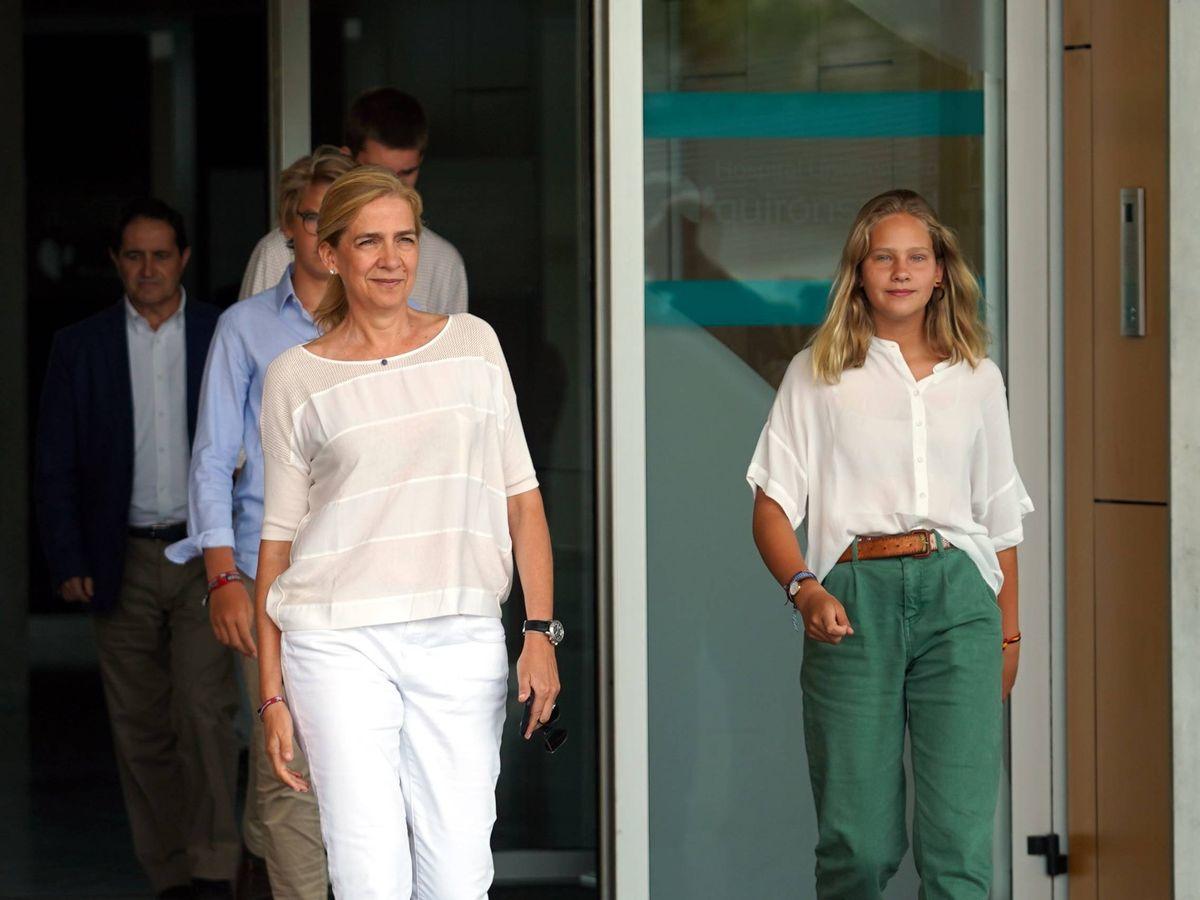 Foto: La infanta Cristina e Irene Urdangarin. (Cordon Press)