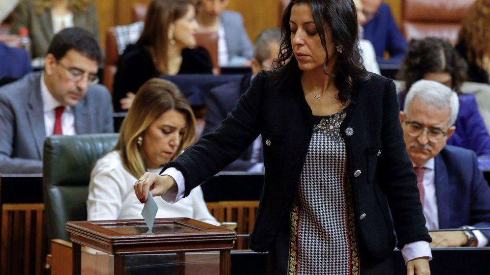 Foto: Marta Bosquet estará al frente del Parlamento gracias a PP y Vox. (EFE)