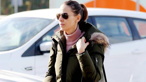 Eva González vuelve a Madrid en tren y sin Cayetano Rivera