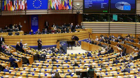 'Au revoir, my friend': la Eurocámara ratifica el Brexit y despide al Reino Unido