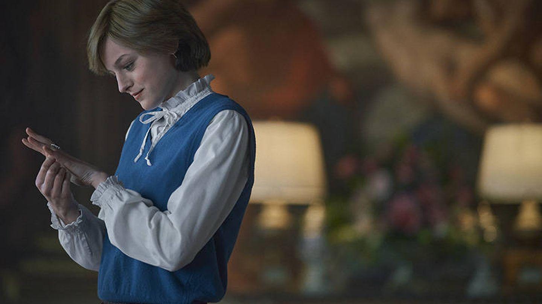 Emma Corrin, como Diana Spencer. (Netflix)