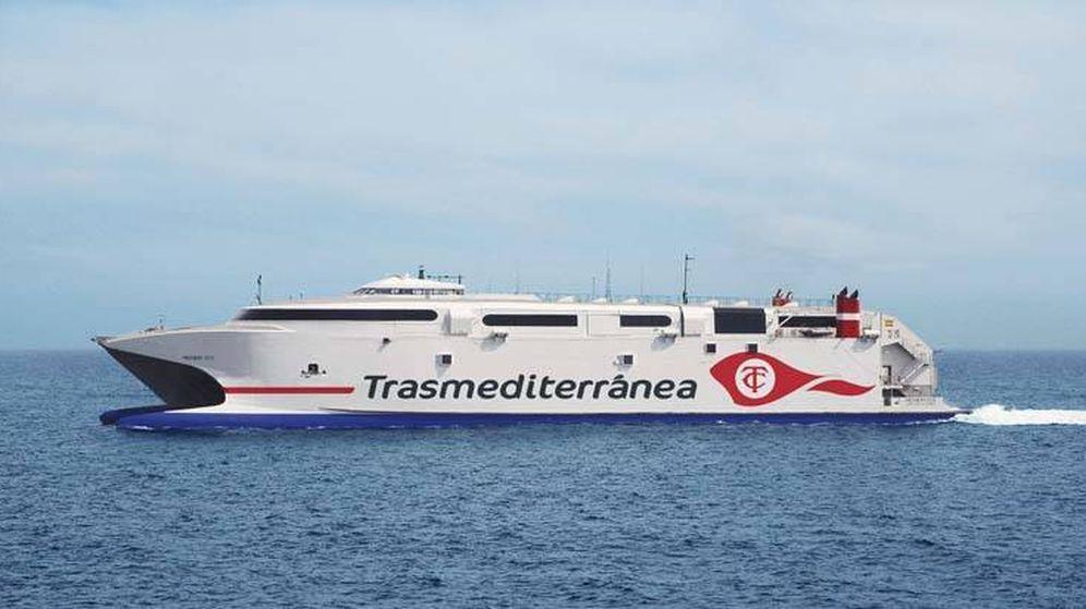 Foto: Un buque de la compañía. (Transmediterránea)